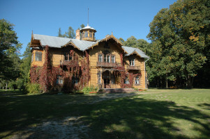 Hunting lodge in Julin